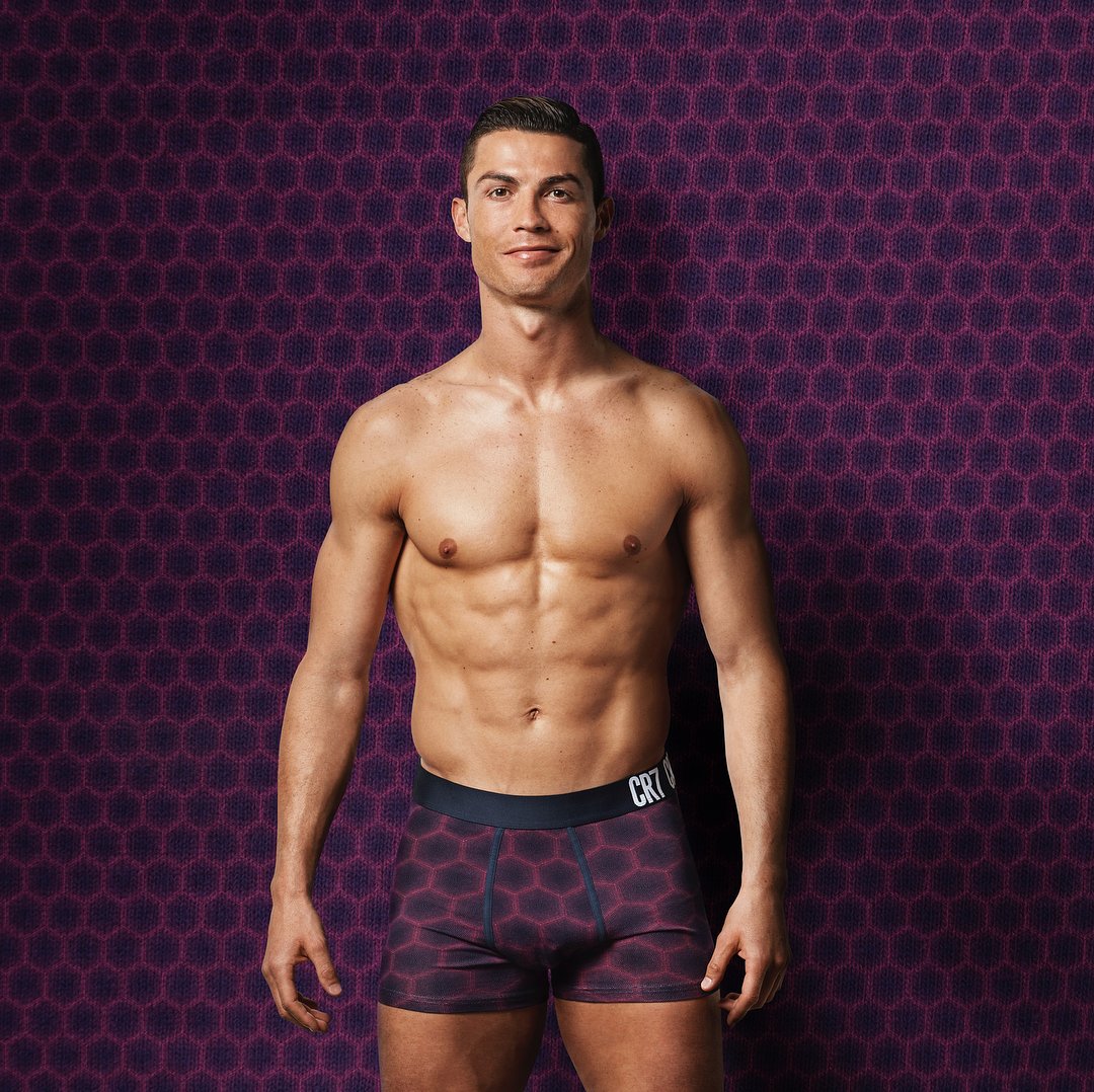 https://socialcoral.com/wp-content/uploads/2018/09/1537792836_995_Cristiano-Ronaldo-Instagram-Very-happy-with-my-new-FW17-collection-Which-is-your-favorite.jpg