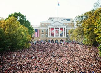 30,000  supporters turned out to see President Obama in Madison today. ...
