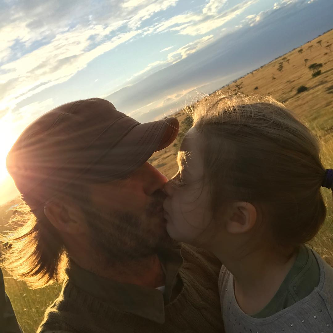 David Beckham Instagram: Kiss for Daddy ...