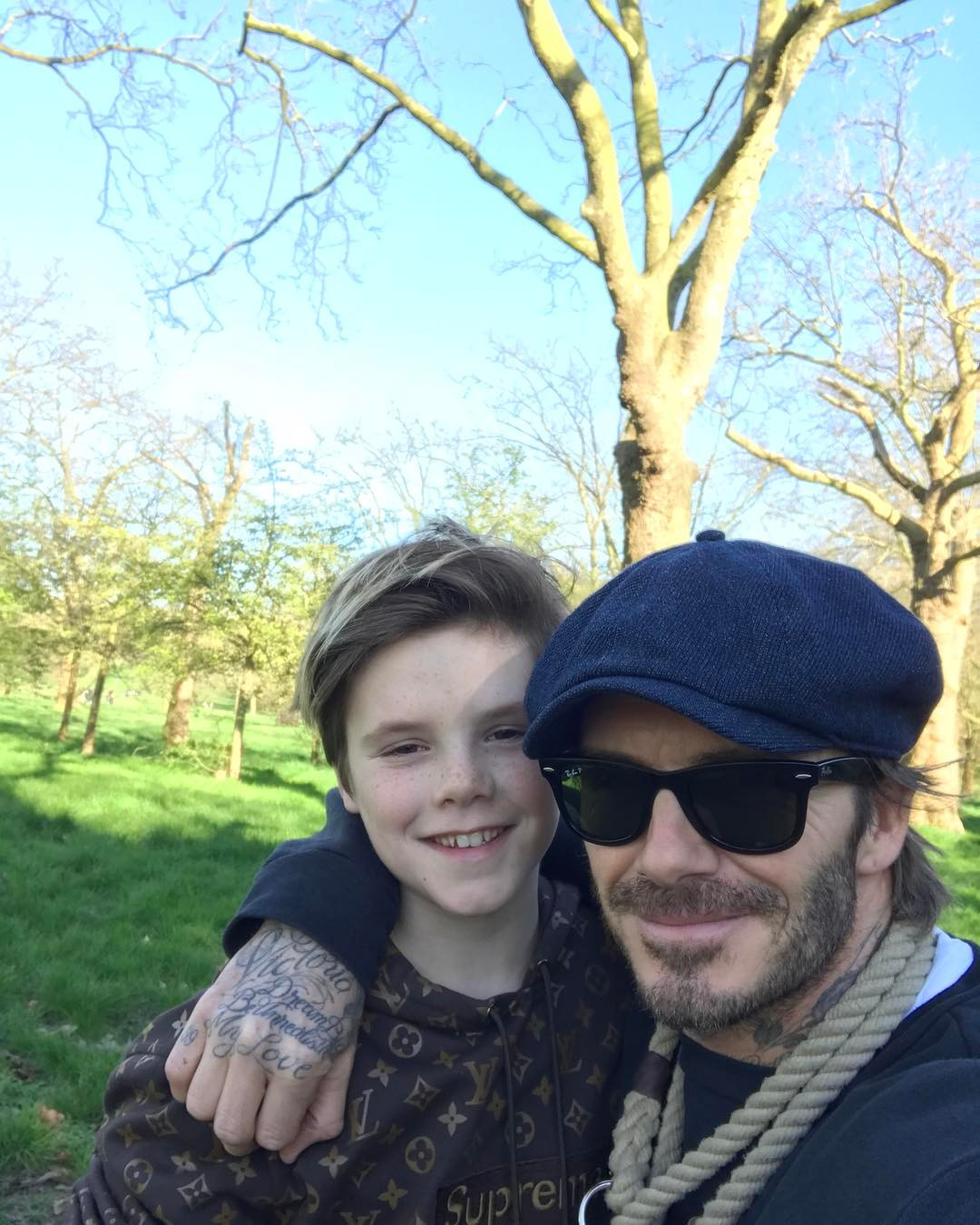 David Beckham Instagram: Nice walk in the park with Cruzie & Olive  London is beautiful  ...