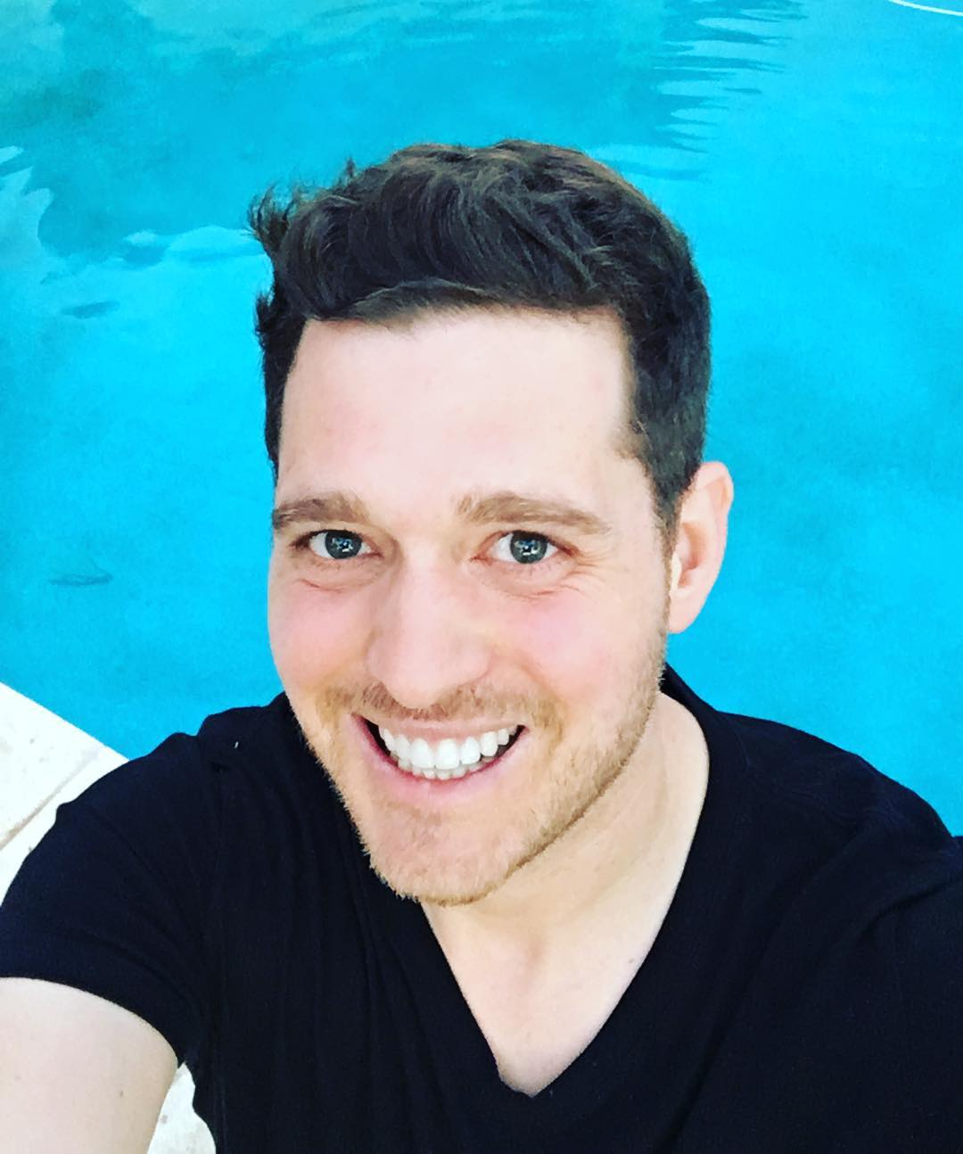 Michael Bublé Instagram: And just like that ... Hawaiian vacation over ...as nice as it was , it's time t...