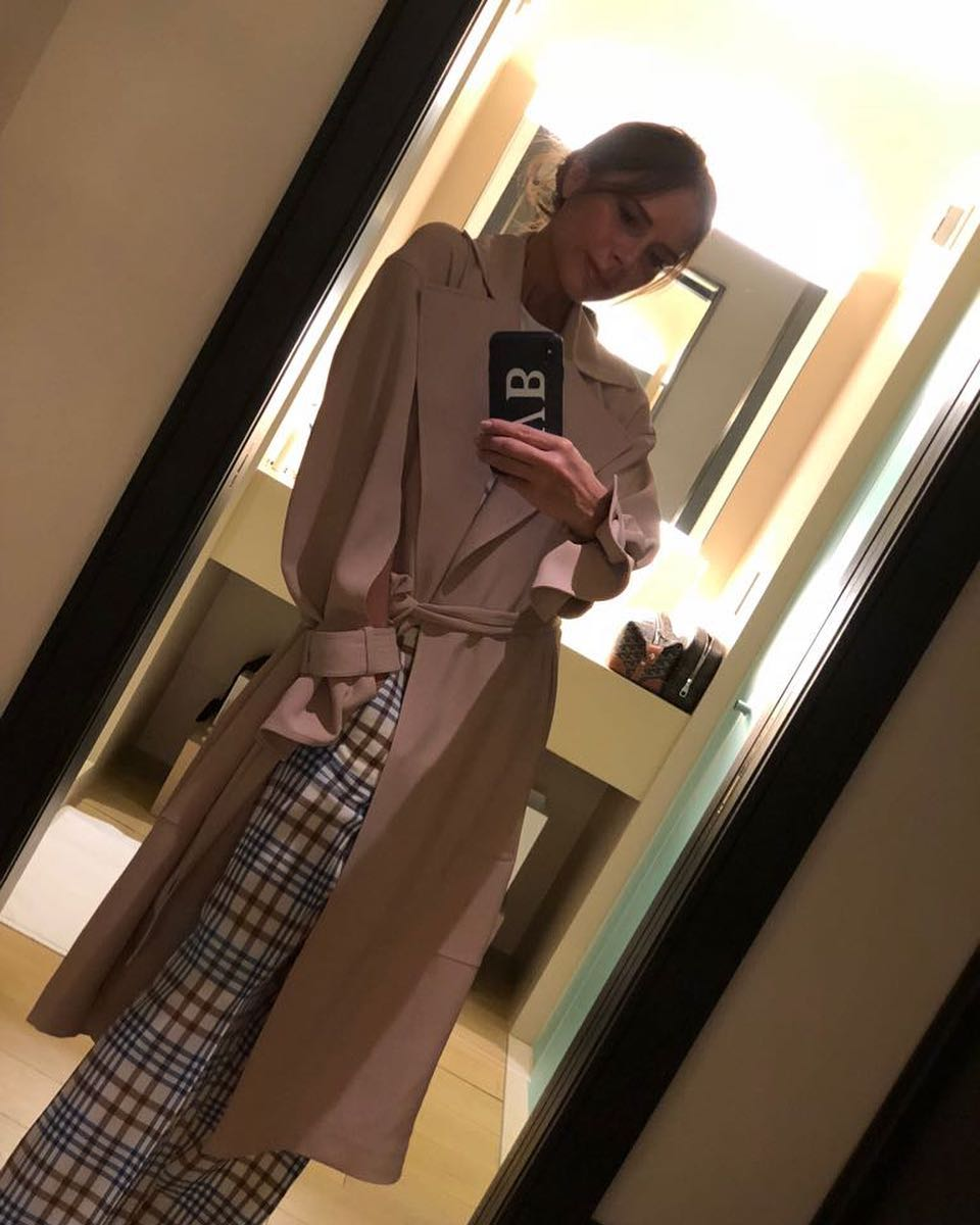 Victoria Beckham Instagram: Late night check in! Wearing some favourite pieces from my  collection - the Flu...