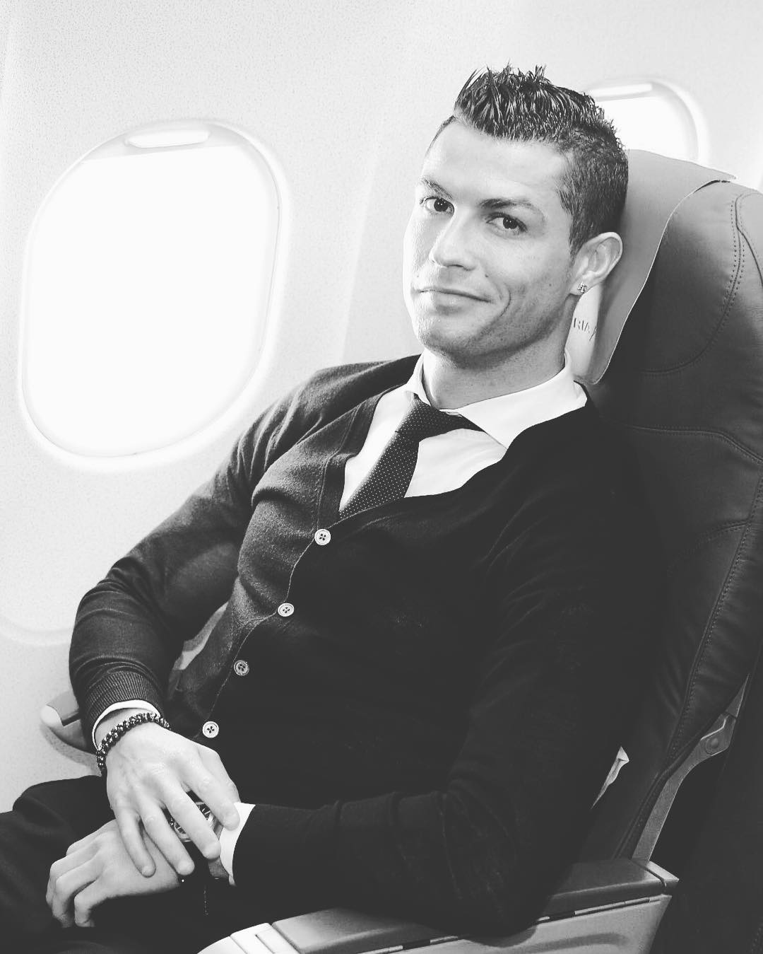 113m Likes 841k Comments Cristiano Ronaldo cristiano on Instagram Holidays with Love!