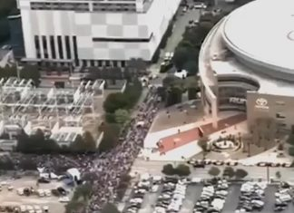 Donald J. Trump Instagram: Massive crowds inside and outside of the Toyota Center in   Landing shortly - se...