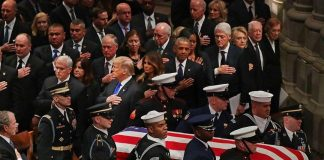 ・・・ History captured  Five   pay their respects to a Sixth     _ Current US Pr...