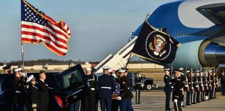 ・・・  from  participated in the arrival ceremony for former President George H....