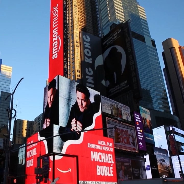 Michael Bublé Instagram: Michael in Times Square! Thank you    Christmas music...
