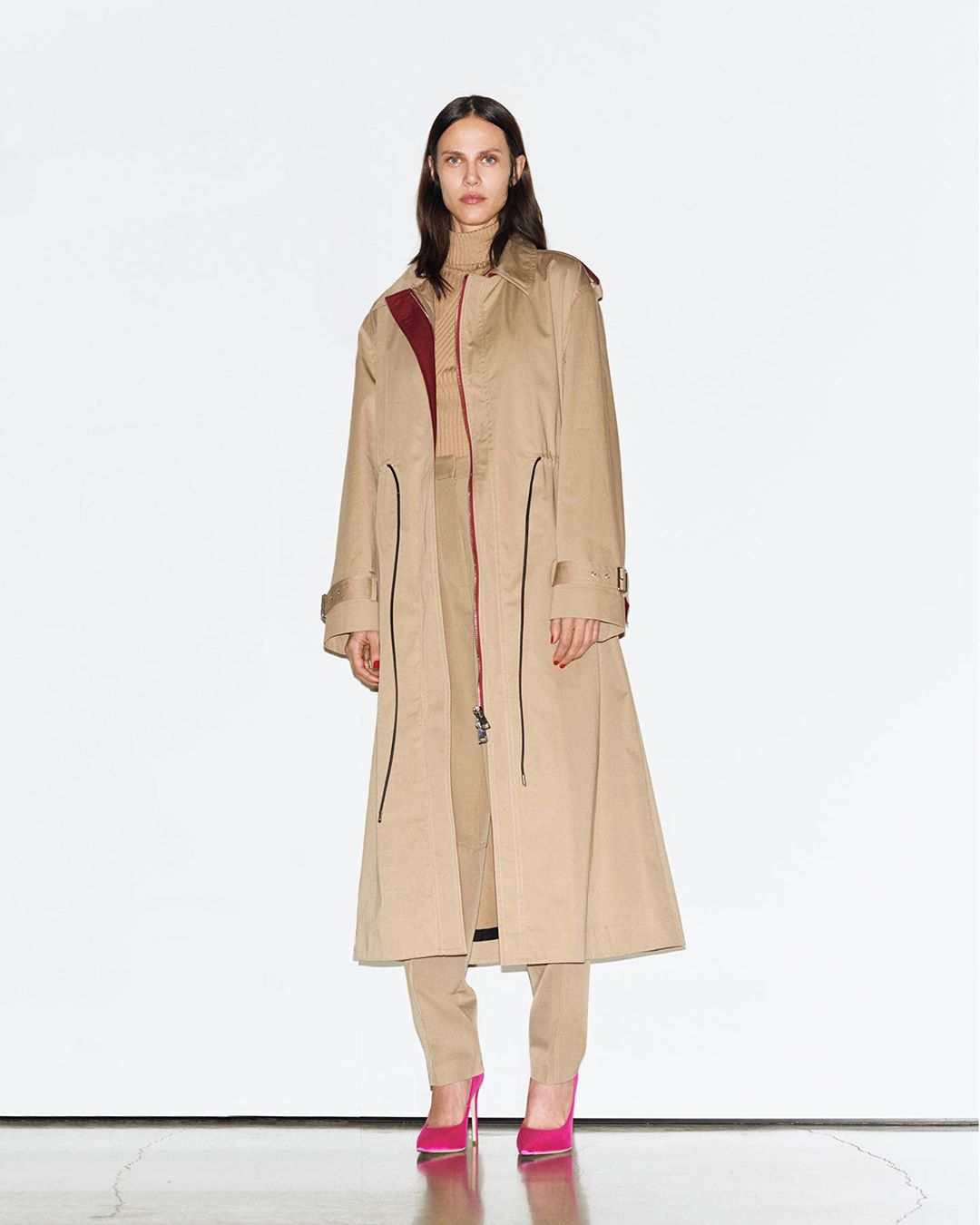 Victoria Beckham Instagram: Rain proof and stylish, the oversized trench from my  collection - an updated cl...
