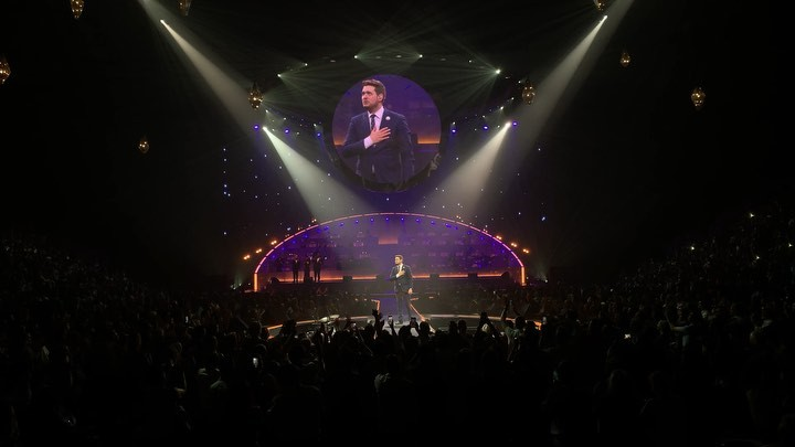 Michael Bublé Instagram: That's a wrap for the North America dates of the  What was your favourite show m...