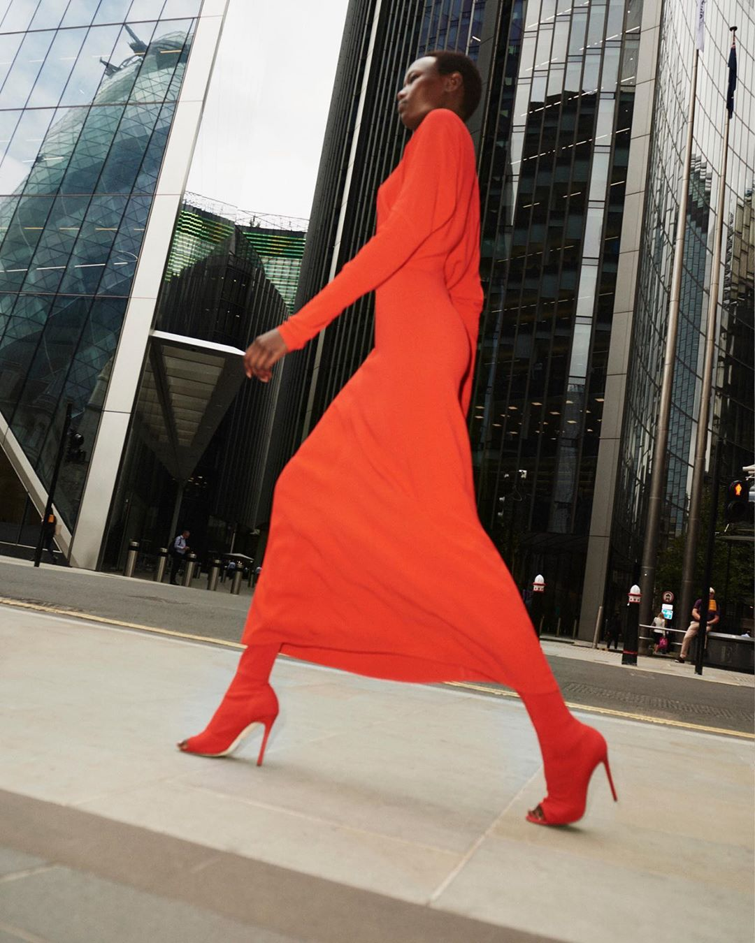 Victoria Beckham Instagram: The colour of the season has arrived! Obsessed with this lipstick red dress and ...