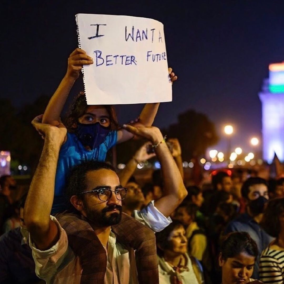Leonardo DiCaprio Instagram:    Over 1500 citizens gathered in at India Gate, in New Dehli, to demand immedia...