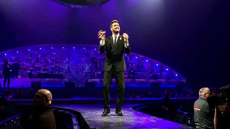 Michael Bublé Instagram: All the  tonight in Antwerp! ...