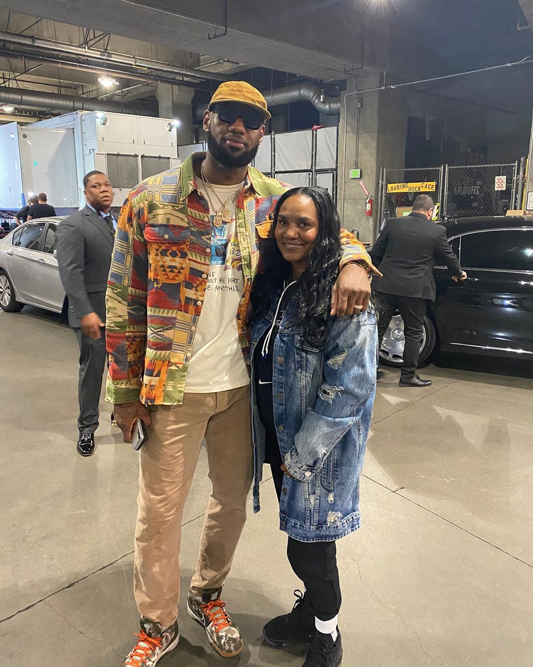 LeBron James Instagram: Welcome to the dirty 30s momma!! Happy 30th bday  beautiful Queen of all Queens!...