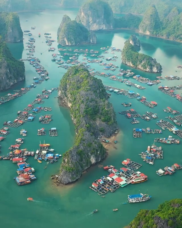 Leonardo DiCaprio Instagram: This traditional fishing village in Lan Ha Bay, Vietnam, floats atop emerald wat...