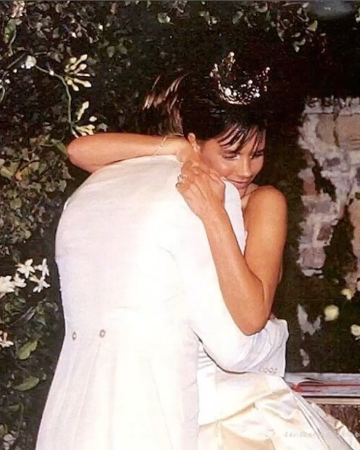 "Victoria Beckham Instagram: Happy Anniversary   I can't believe it has been 21 years since we said ""I do"". F..."